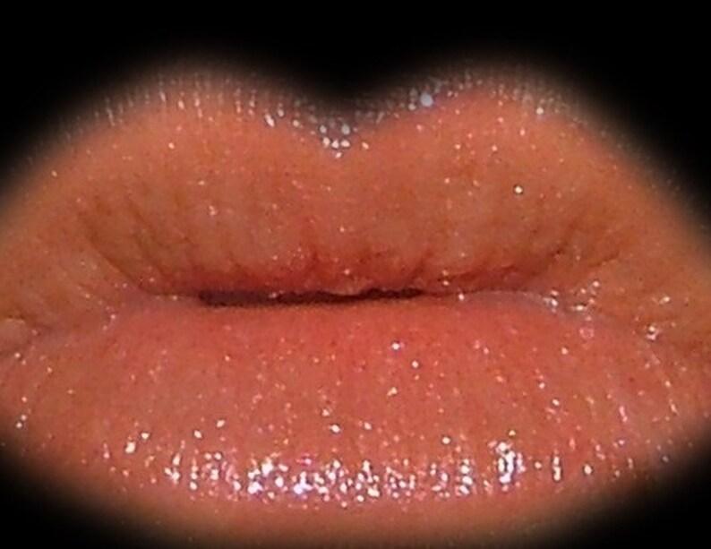 Peachy Lip Gloss image 0