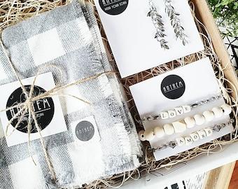 Women's Grey and White Buffalo Check Scarf, Gift Bracelet Set, Gift Set, Gifts for her, Gifts for her