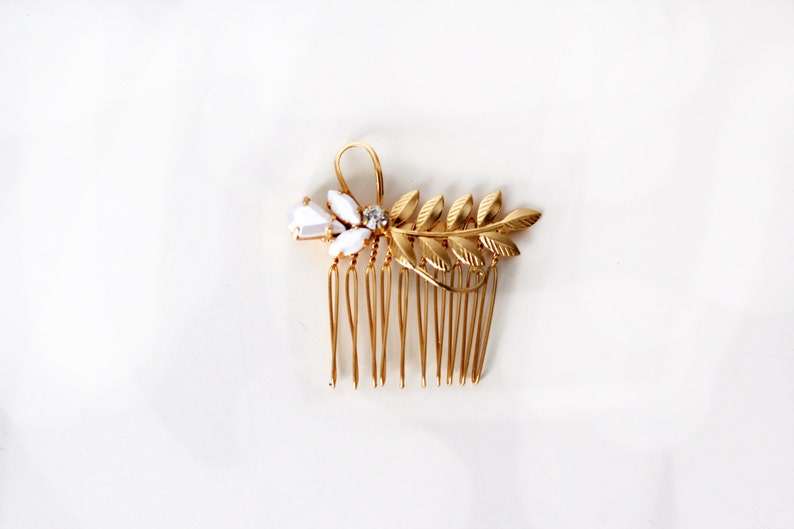 Romantic Comb Gold Plated Bridal Hair Accessories Gold Leaf Gift For Her Wedding Comb Crystal Hand Made Luna Comb Bridal Pearl Comb