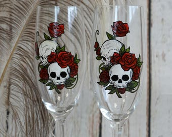 Hand painted Wedding Toasting Flutes Set of 2 Personalized Champagne glasses Skulls and Bones