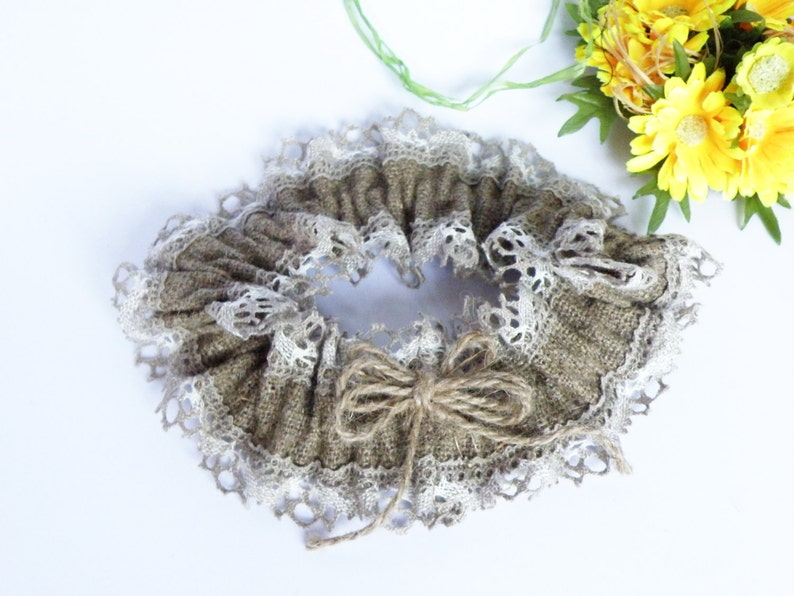 Wedding Bridal Garter Rustic Country style from Burlap linen and linen lace
