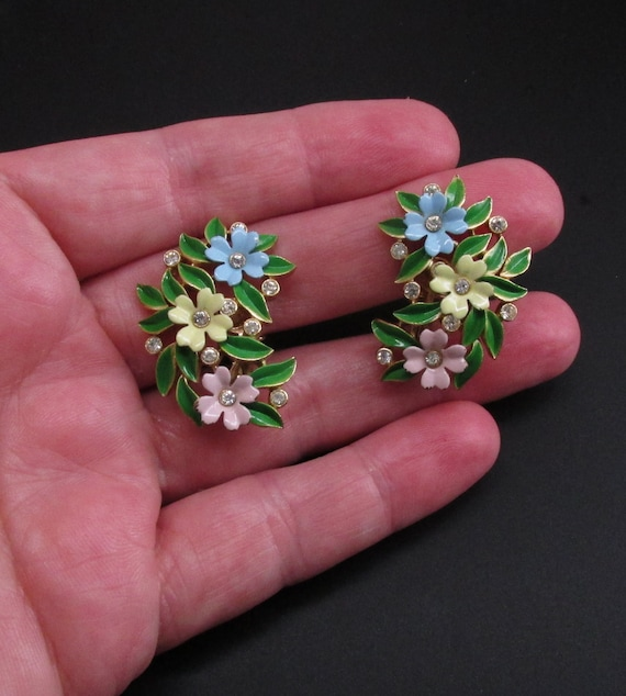 Trifari Enamel Flower Earrings, Trifari Earrings,… - image 4