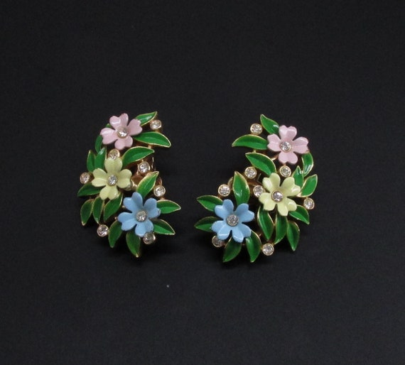 Trifari Enamel Flower Earrings, Trifari Earrings,… - image 1