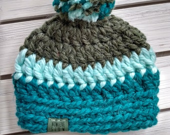 READY TO SHIP - Baby - 0-3 months - Hat - Beanie w/ pompom - green aqua teal - alpaca wool acrylic blend - crochet - handmade - baby shower