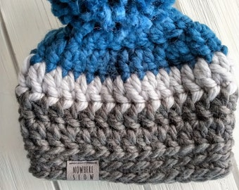 READY TO SHIP - Baby - 3-6 months - Hat - Beanie with pompom - navy blue gray - crochet - wool blend - baby shower gift - handmade
