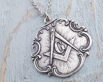 Silver Free Mason Necklace Masonic Jewelry Masonic Necklace Freemason Gift for Men Square and Compass Masonic Medallion Holy Grail Jewelry