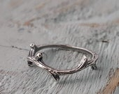 Silver Twig Ring, Thorn Ring, Branch Ring, Woodland Jewelry, Woodland Ring, Silver Thorn Ring, Silver Branch Ring, Stacking Ring, Mid Ring