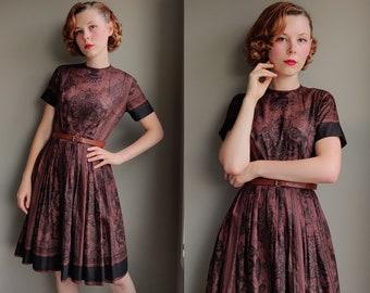 1960s Stacy Ames label black & brown filigree print dress