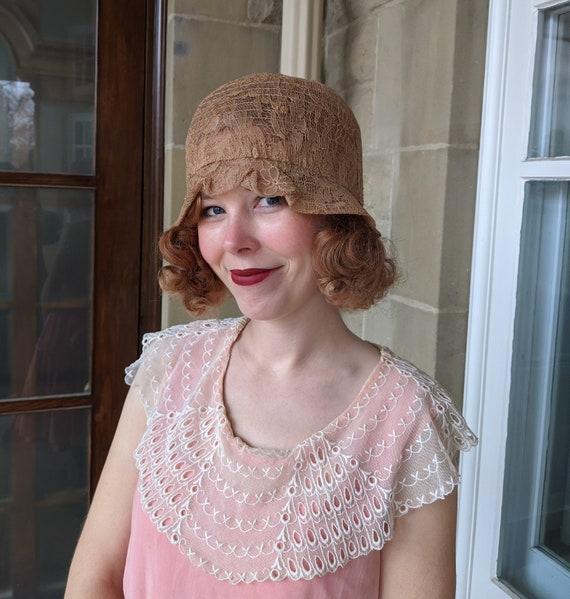 1920s Antiqued Lace Crinoline Cloche Hat