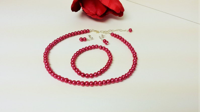 Classic 3 Piece Set Bridesmaid Jewelry Set Prom Jewelry Bridal Set Magenta Pearl Necklace Set Flower Girl Pearl Gift Set