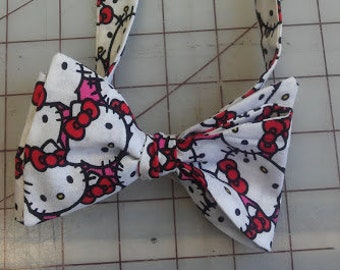 Hello Kitty  bow tie and pocket square