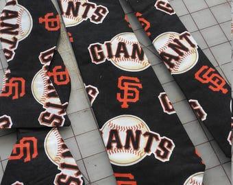 MLB San Francisco Giants Neckties in adult skinny tie and standard tie styles
