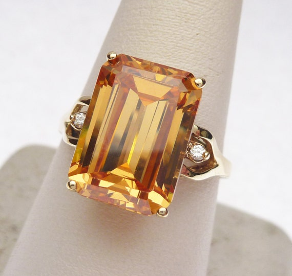 10 kt Synthetic November and CZ Cocktail Ring 196… - image 1