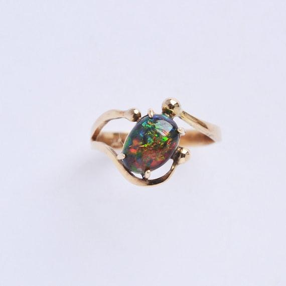 Black opal ring, 14kt yellow gold black opal ring