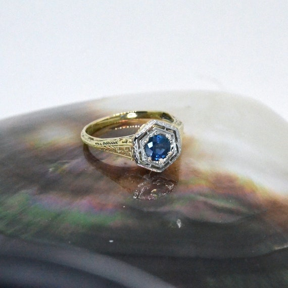 Sapphire ring, antique sapphire ring, Victorian sa