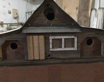 Classic Granary II Style Barnboard Birdhouse