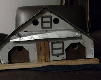 Classic Granary Style Barnboard Birdhouse