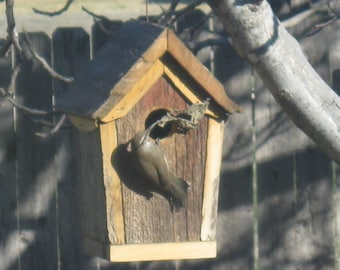 Classic Style Barnboard Birdhouse 10 Inches High