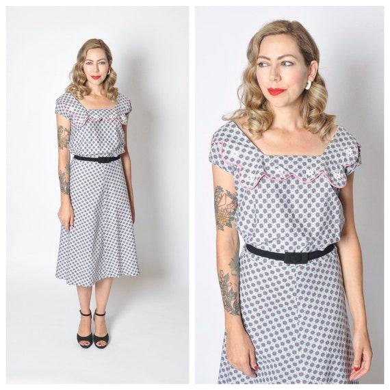 Vintage 1950's Floral Print Cotton Day Dress/ 50's