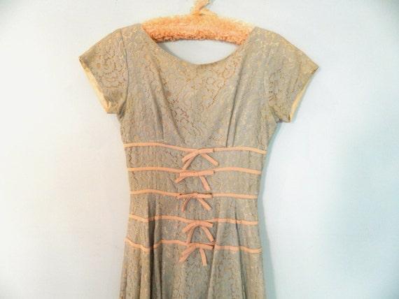 1950s lace prom dress XS S