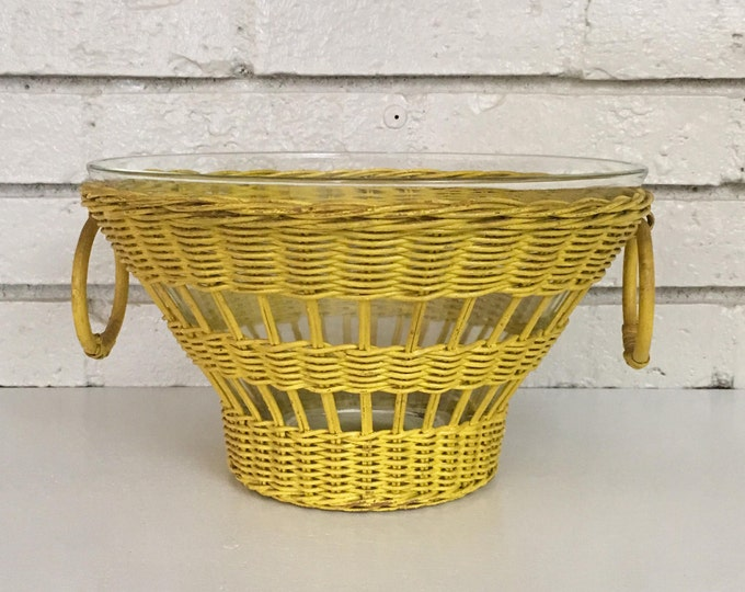 Vintage Yellow Wicker Rattan Popcorn Serving Glass Bowl