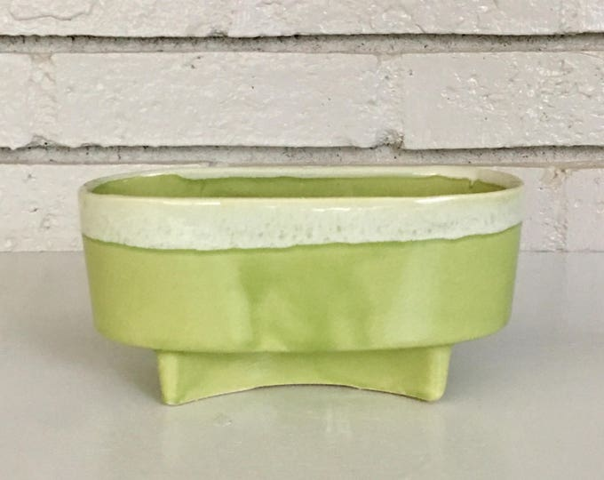 Vintage Light Green Modern Ceramic Footed Planter // Succulent Cactus Planter // USA Ceramic Pottery Collection // Gift for Mom
