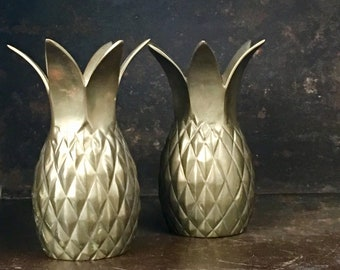 Vintage Pair Set of Brass Pineapples // Hollywood Regency Glam Style Bar Decor