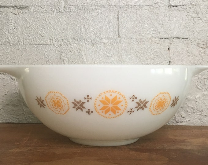 Vintage Pyrex Town and Country 4 Quart Mixing Bowl