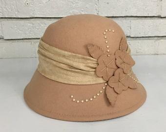 Vintage Cappelli Straworld Camel Felt Bowler Hat // Hat Costume Stage Prop