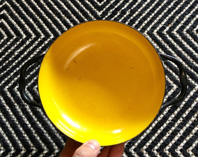 Vintage Small Viking Yellow Black Sizzling Server