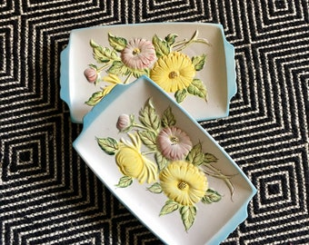 Vintage Gerbera Daisy Floral Ceramic Pottery Platter Tray Plate Dish // Japanese Ceramic // Country Chic Wall Décor