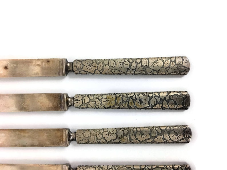 Floral Detail Wedding Bridal Shower Gift Etched Flowers Vintage Set of 6 Small Knives Flatware Silverplated Wm Rogers and Son