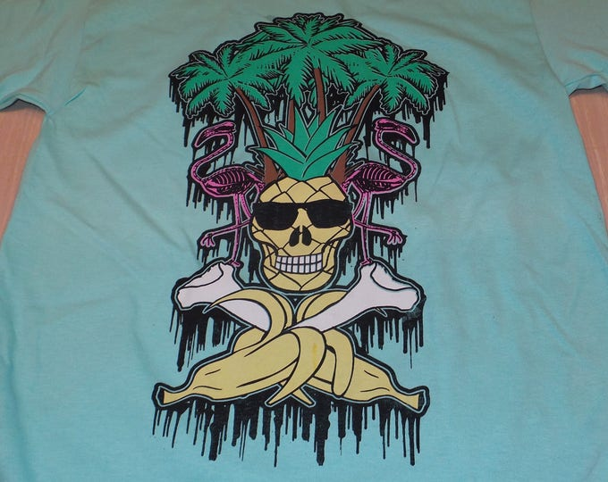 T-Shirt - La Loca Vida de la Piña (Multi on Mint)