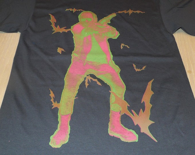 T-Shirt - Bat Country (Pink/Green on Gray)