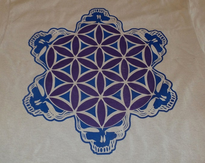 T-Shirt - 2-Color Stealie of Life (Blue/Purple on Sand)