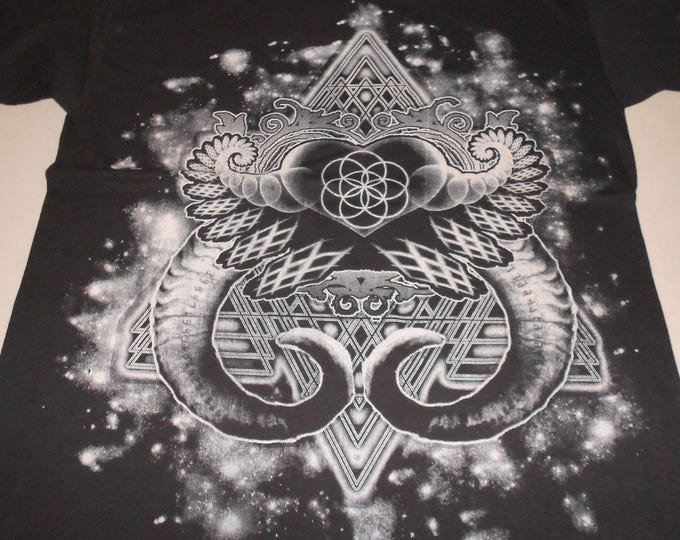 Made-To-Order T-Shirt/Tank/Long Sleeve/Women's - Heart Fractal