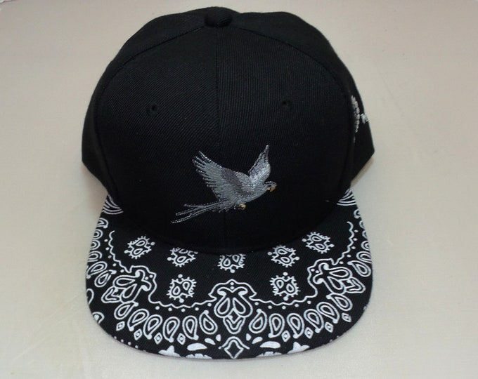 Snapback Flat-Brim Hat - Parrot (One-of-a-kind)