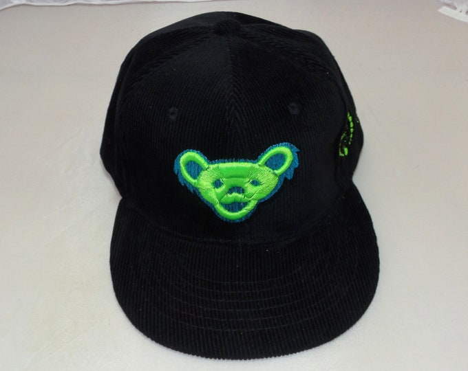 Buckle-back Flat-Brim Hat - Jerry Bear (One-of-a-kind)