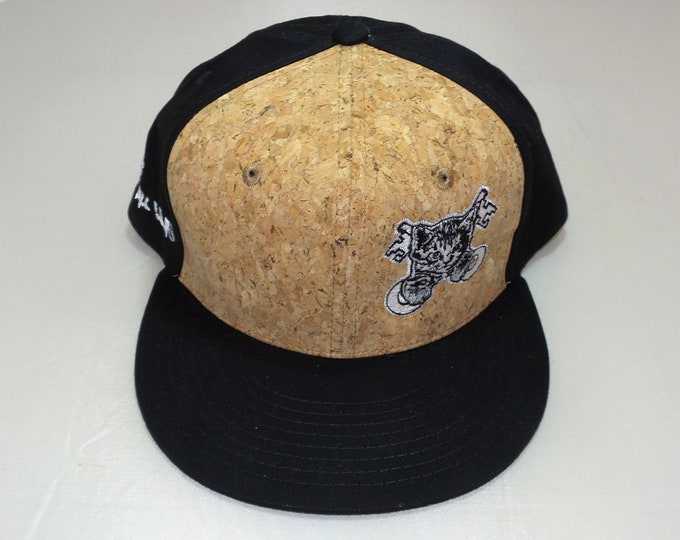 Snapback Flat-Brim Hat - Kitty Keys (One-of-a-kind)