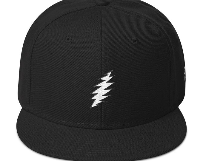 Snapback Flat-Brim Hat - 13-Point Bolt