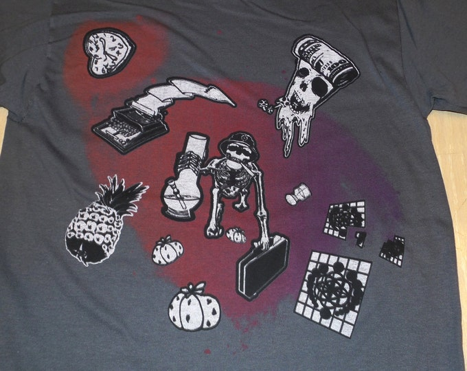 T-Shirt - Hunter S Wormhole (on Gray)