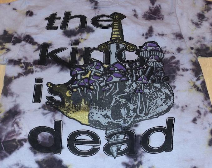 T-Shirt - The King Is Dead (Tie Dye)
