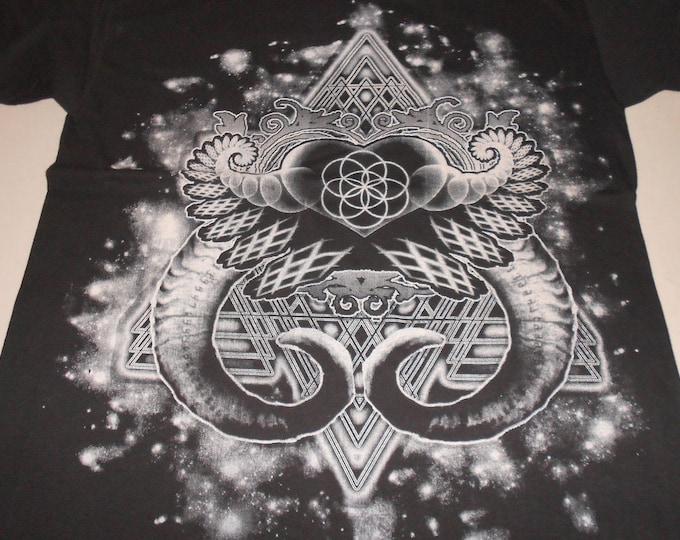 T-Shirt - Heart Fractal (White on Black)