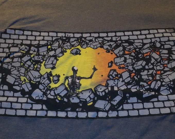 T-Shirt - Breakthrough (on Gray)