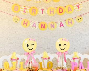 Emoji Party, Emoji Birthday, Emoji Banner, Emoji Happy Birthday, Emoji Banners, Smiley Face, Girl Emoji, Emojis, Pink Emoji