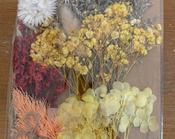 Dried  flower mix, fall colors, yellows and red colored, diy crafts, resin, jewelry