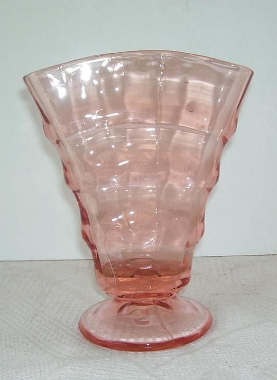 Pink Depression Glass Optic Fan Vase, Vintage Pink Depression Glass Vase