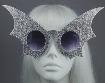 9ca39e1e766b Silver Bat Wing Sunglasses, Hen Party, Goth, Gothic Lolita, Pinup, Retro  Sun Glasses, Drag Queen, Vampire, Costume, Fancy dress,Huge, Large