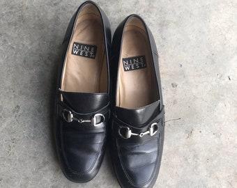 f34d99bdac36c Vintage 90s Nine West Black Leather Loafers 8