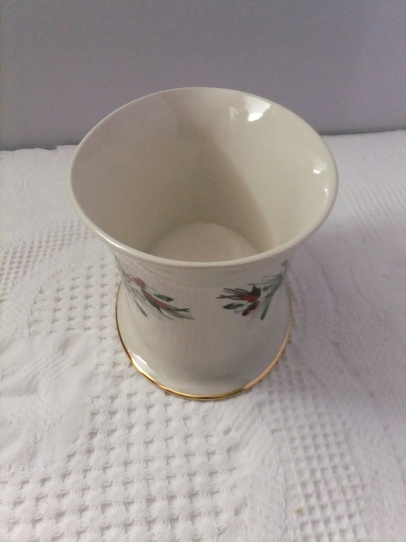 Vintage Lenox Oval Cachepot Winter Greetings Red Cardinal with Box Catherine McClung Planter Porcelain Fine China Bird